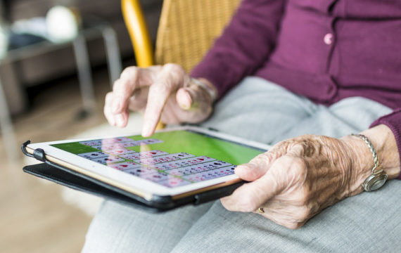 Digital coaching increases health, medical adherence RA patients
