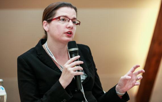 Lydia Makaroff, Accenture