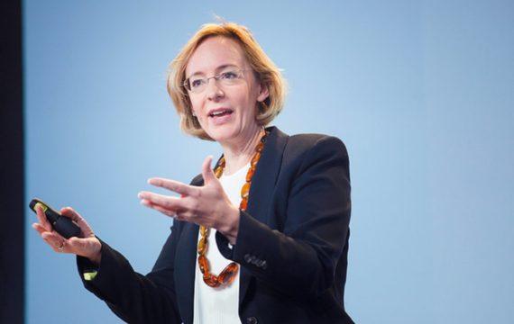 Cyber-medicine & humans. 7 new concerns about digital healthcare